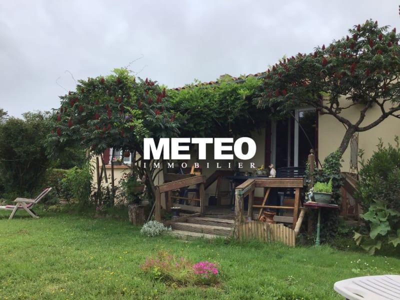Sale house / villa La jonchere 159750€ - Picture 1