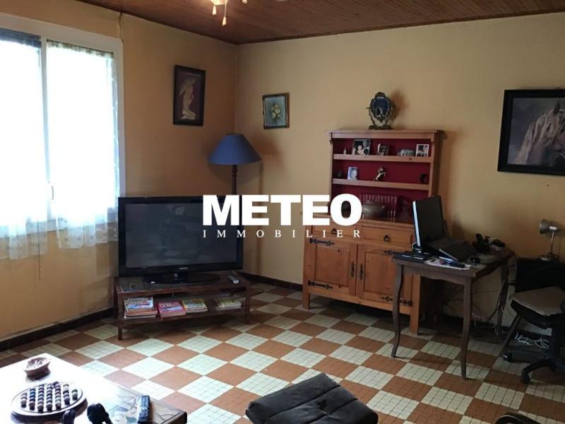 Sale house / villa La jonchere 159750€ - Picture 2