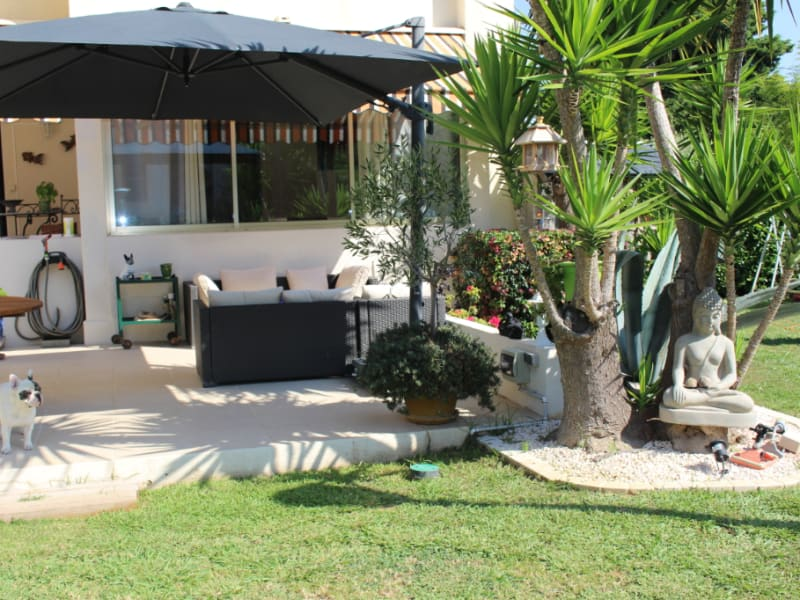 Sale apartment Saint laurent du var 359 000€ - Picture 2