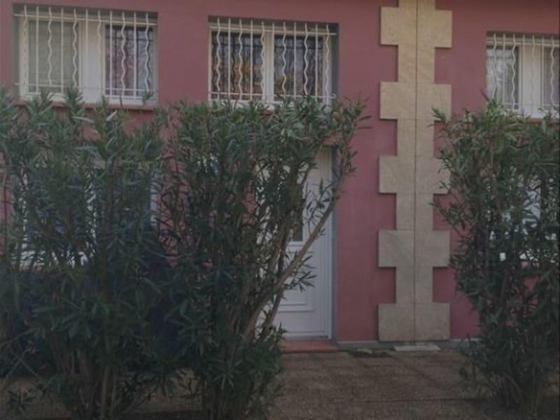Rental house / villa Pelissanne 1136€ CC - Picture 2