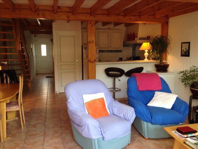 Rental house / villa Pelissanne 1136€ CC - Picture 4