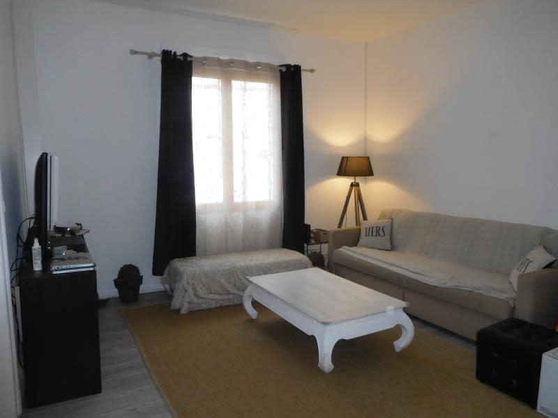 Location maison / villa St andre de cubzac 760€ CC - Photo 4