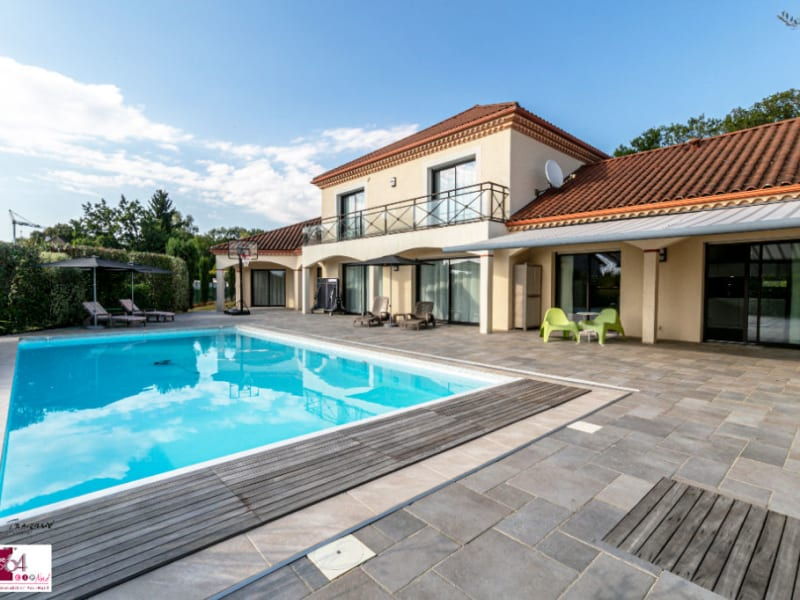 Deluxe sale house / villa Buros 636000€ - Picture 1