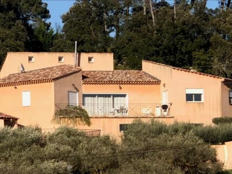 Sale house / villa Correns 581000€ - Picture 1