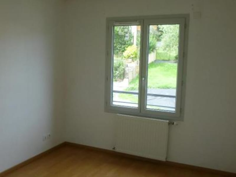 Location appartement Brussieu 430€ CC - Photo 4