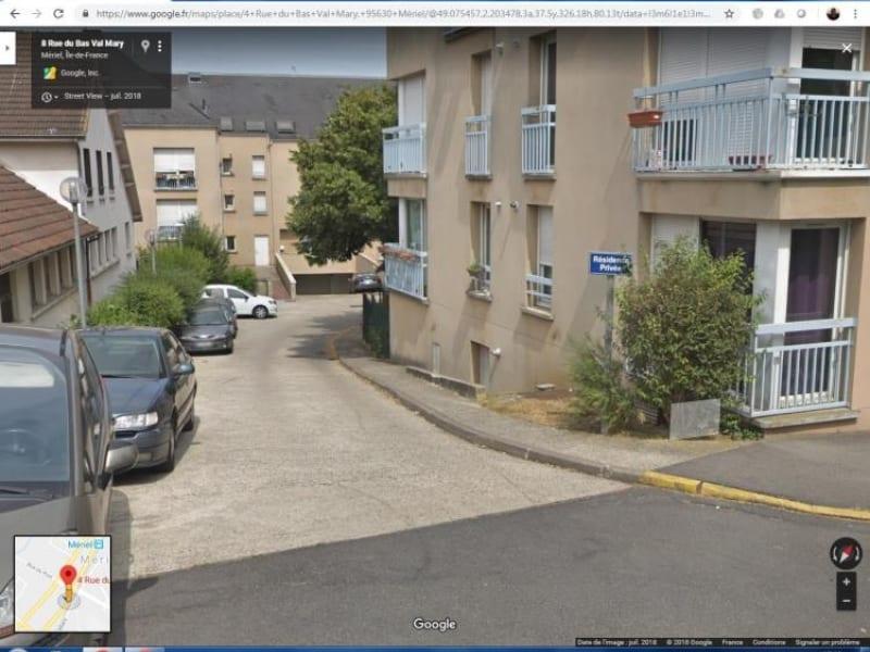 Rental parking spaces Meriel 104€ CC - Picture 1