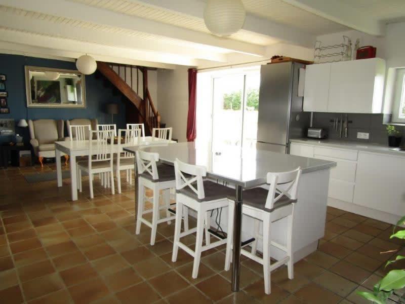Sale house / villa Mael carhaix 133750€ - Picture 3