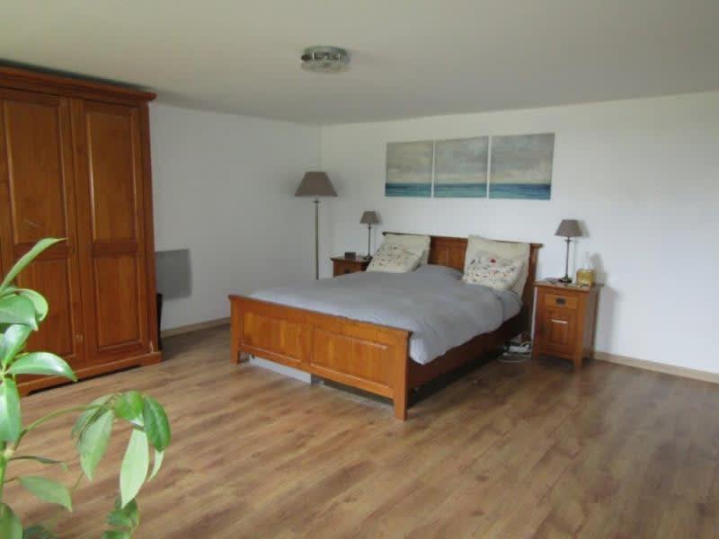 Sale house / villa Mael carhaix 133750€ - Picture 5