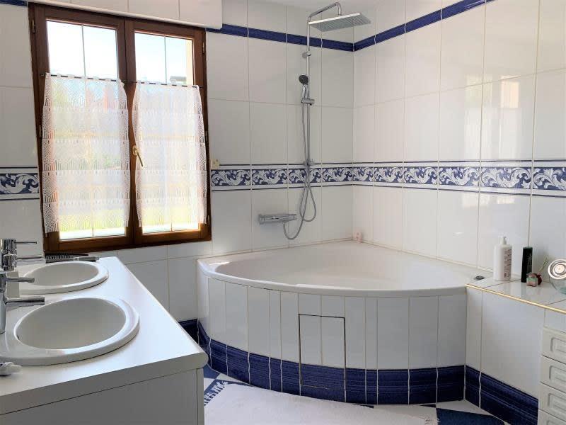Vente maison / villa Beauchamp 898000€ - Photo 7