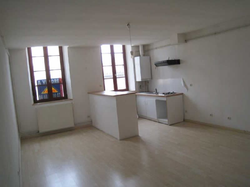 Location appartement Carcassonne 396,11€ CC - Photo 1
