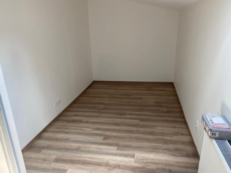 Rental apartment Renaison 500€ CC - Picture 5