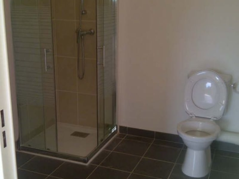 Location appartement Aix en provence 835€ CC - Photo 8