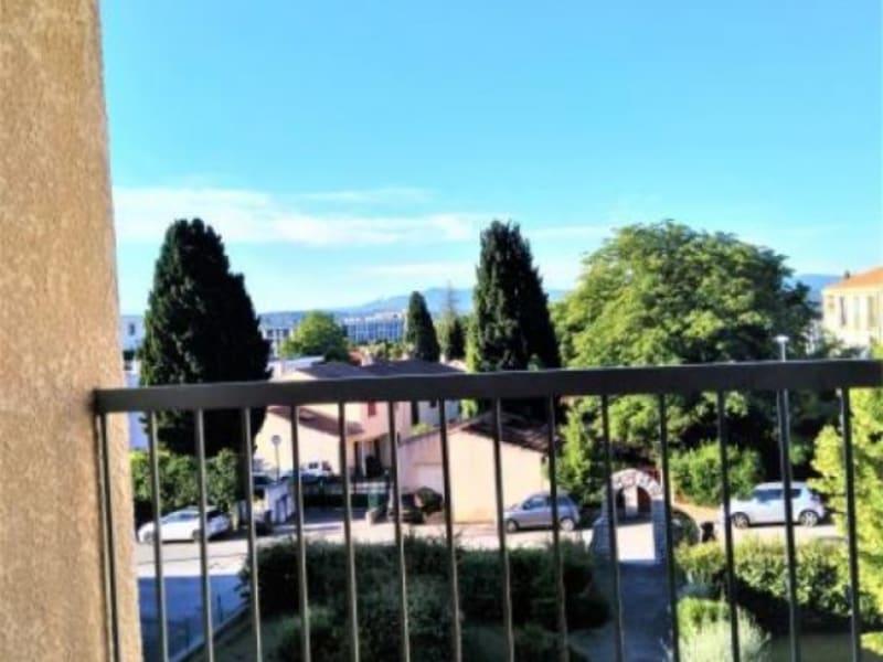 Location appartement Aix en provence 921€ CC - Photo 4