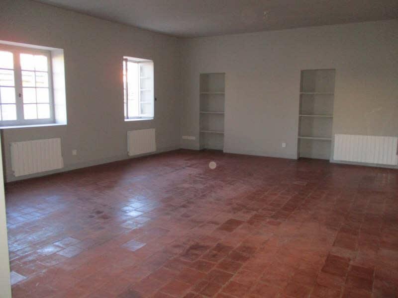 Rental apartment Nimes 948€ CC - Picture 1