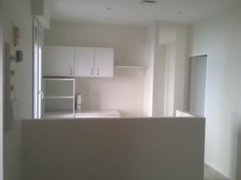 Sale apartment Nimes 162750€ - Picture 2