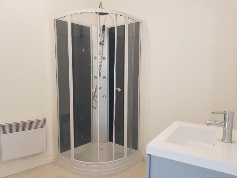 Sale apartment Nimes 162750€ - Picture 7