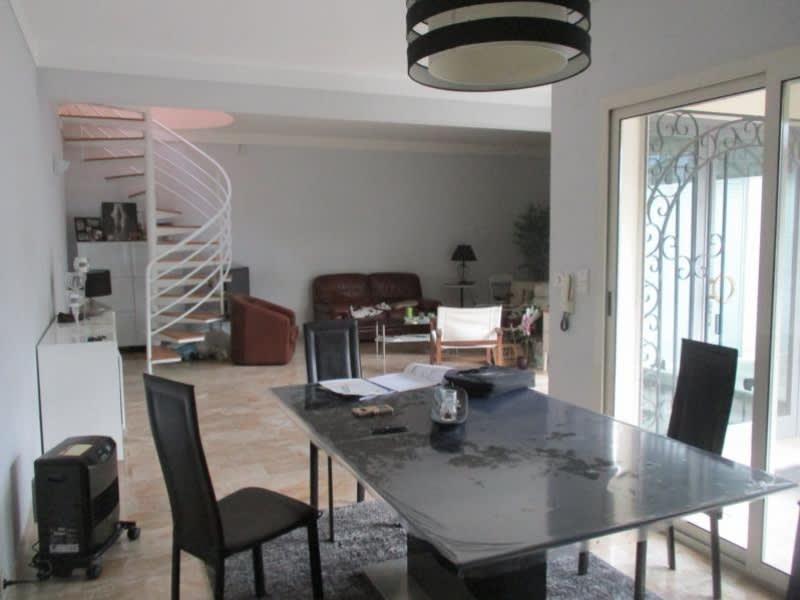 Sale house / villa Nimes 540800€ - Picture 3