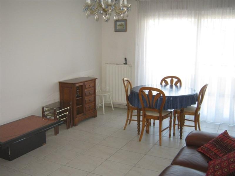 Rental apartment Ferney voltaire 1082€ CC - Picture 2