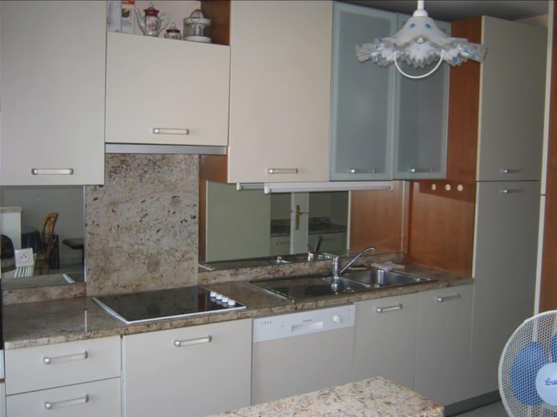 Rental apartment Ferney voltaire 1082€ CC - Picture 3