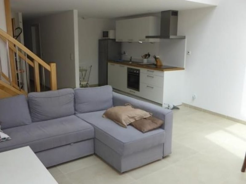 Rental apartment Thoiry 1460€ CC - Picture 3