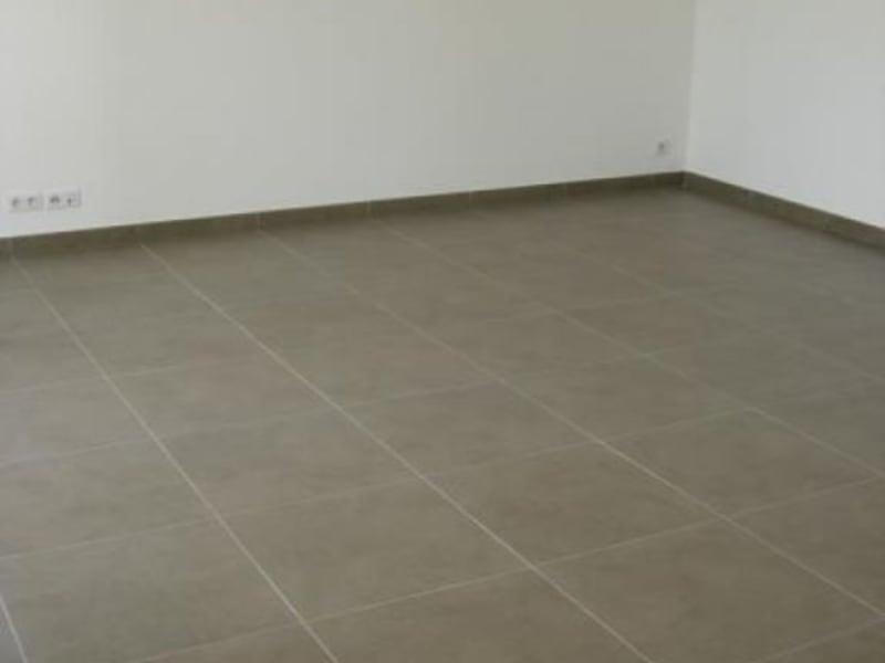 Alquiler  apartamento Ferney voltaire 1454,50€ CC - Fotografía 3