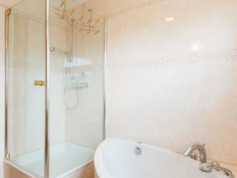 Sale house / villa Sergy 759000€ - Picture 10