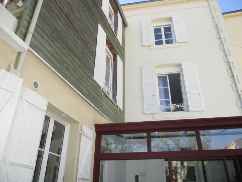 Vente maison / villa Niort 298000€ - Photo 1