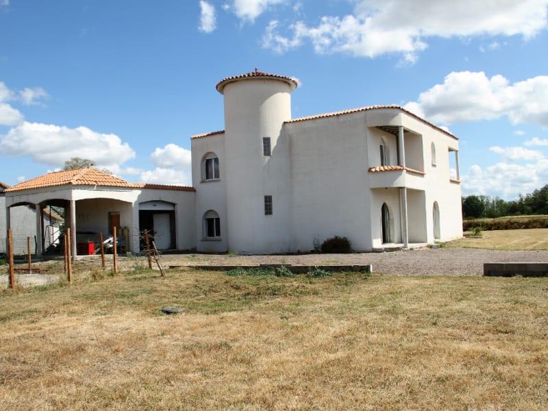 Sale house / villa Glanon 268000€ - Picture 1