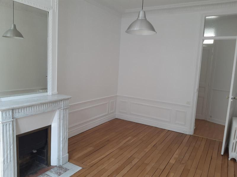 Location appartement Paris 16ème 3 208€ CC - Photo 4