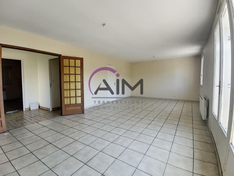 Sale house / villa Fondettes 360000€ - Picture 2