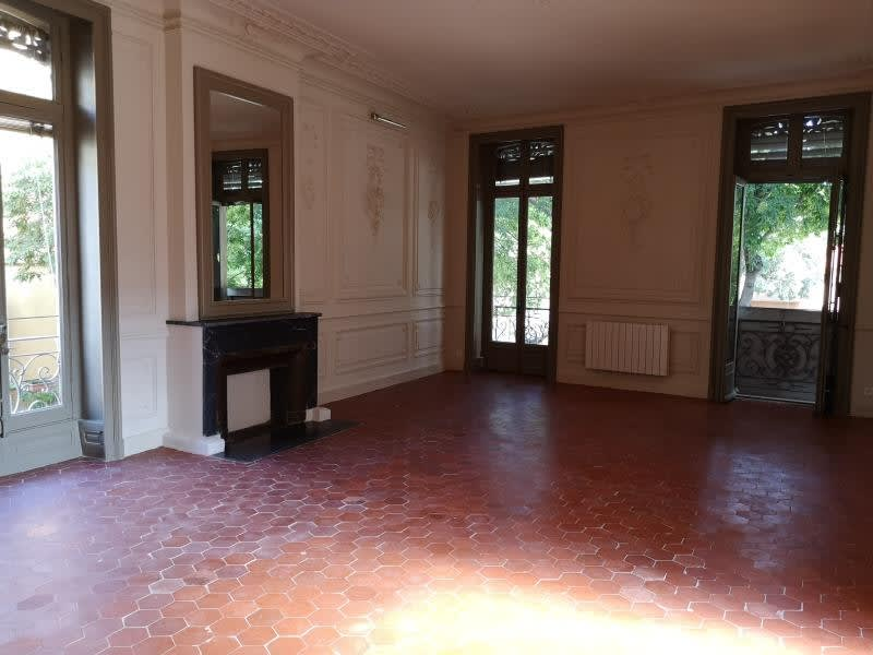 Rental apartment Nimes 695€ CC - Picture 1