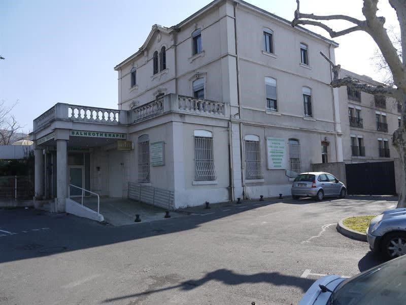 Sale building Marseille 10ème 1 800 000€ - Picture 2