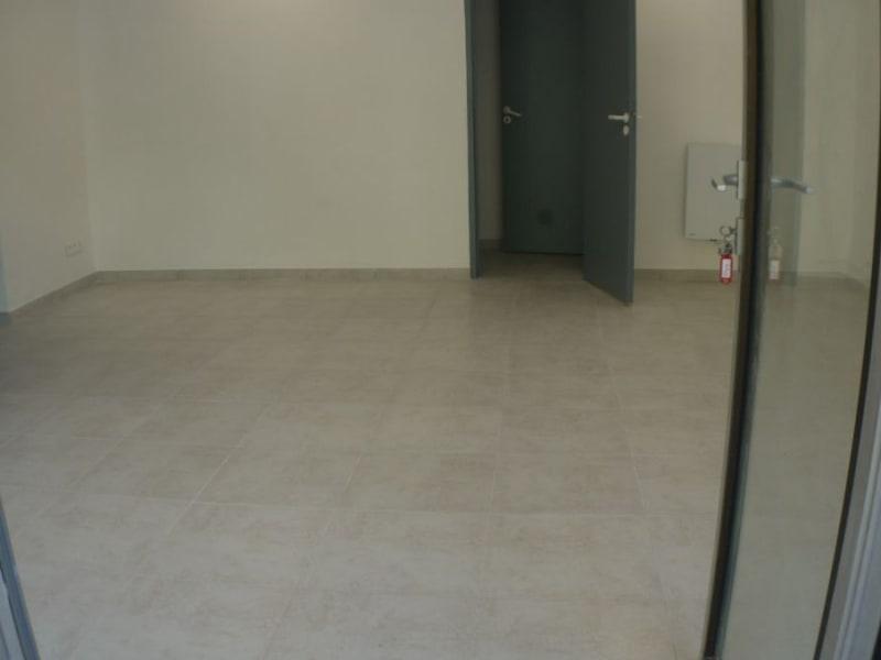 Location local commercial Marseille 8ème 1250€ HC - Photo 3
