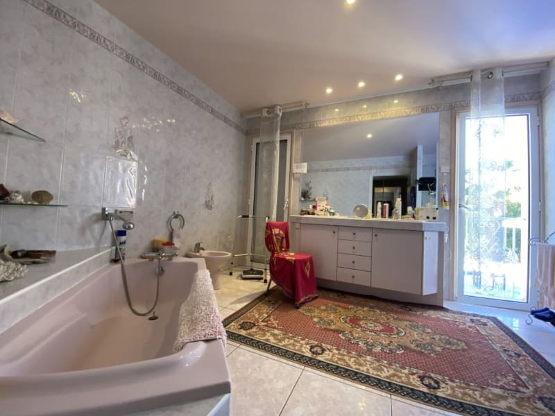 Sale house / villa Foulayronnes 480000€ - Picture 8