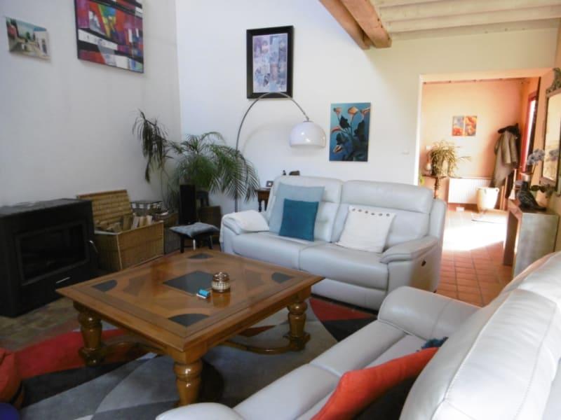 Sale house / villa Yvre l eveque 322400€ - Picture 2