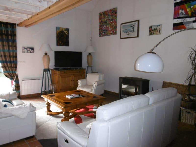 Sale house / villa Yvre l eveque 322400€ - Picture 9