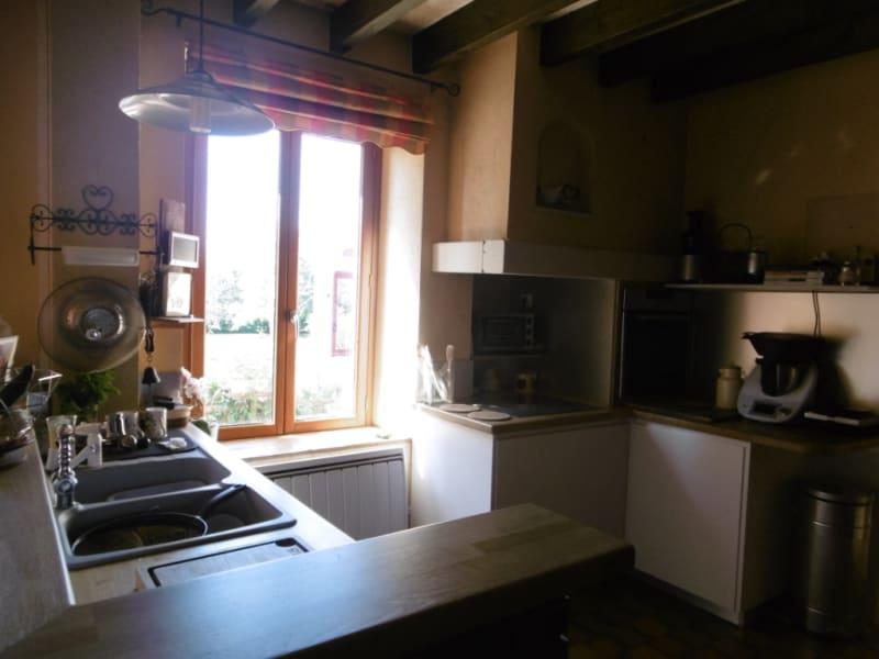 Sale house / villa Yvre l eveque 322400€ - Picture 15