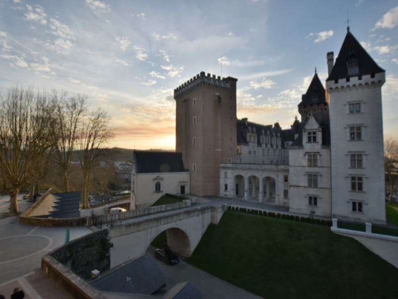 Sale apartment Pau 630 000€ - Picture 1