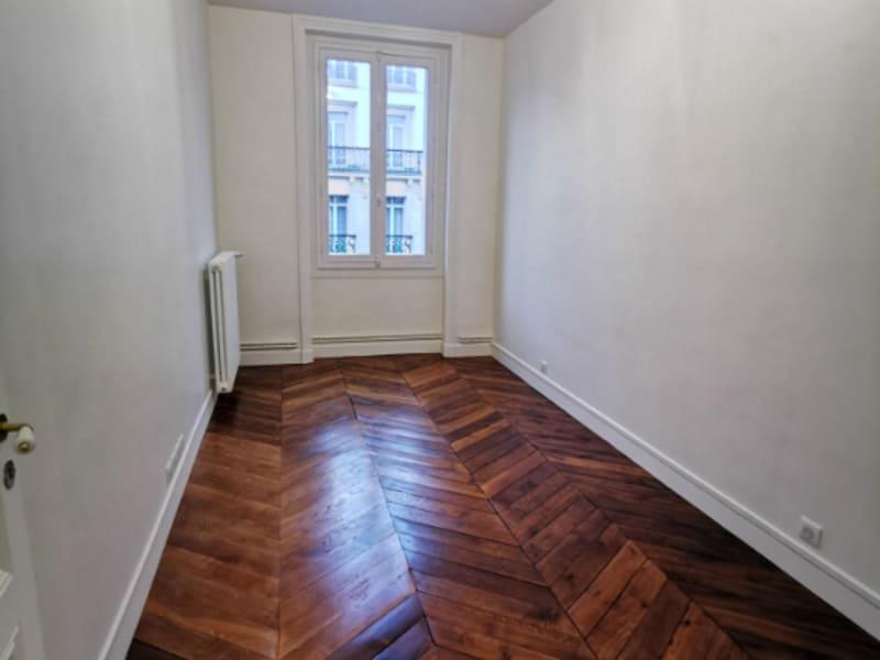 Rental apartment Paris 8ème 3214,53€ CC - Picture 3