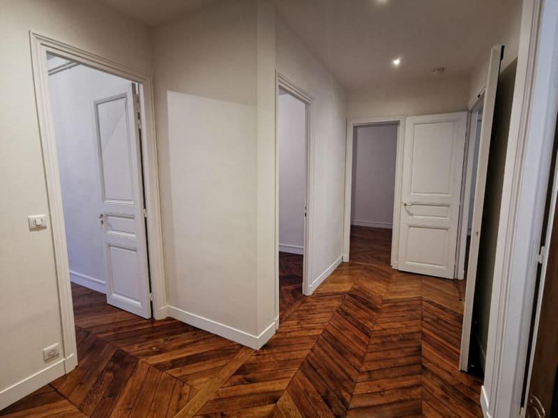 Rental apartment Paris 8ème 3214,53€ CC - Picture 4