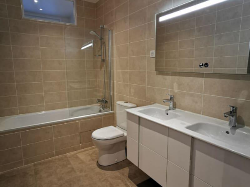 Rental apartment Paris 8ème 3214,53€ CC - Picture 5