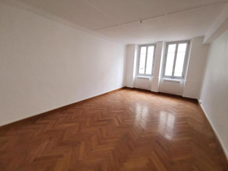 Rental apartment Nantua 470€ CC - Picture 2