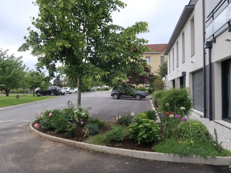 Location bureau Limoges 735€ CC - Photo 2