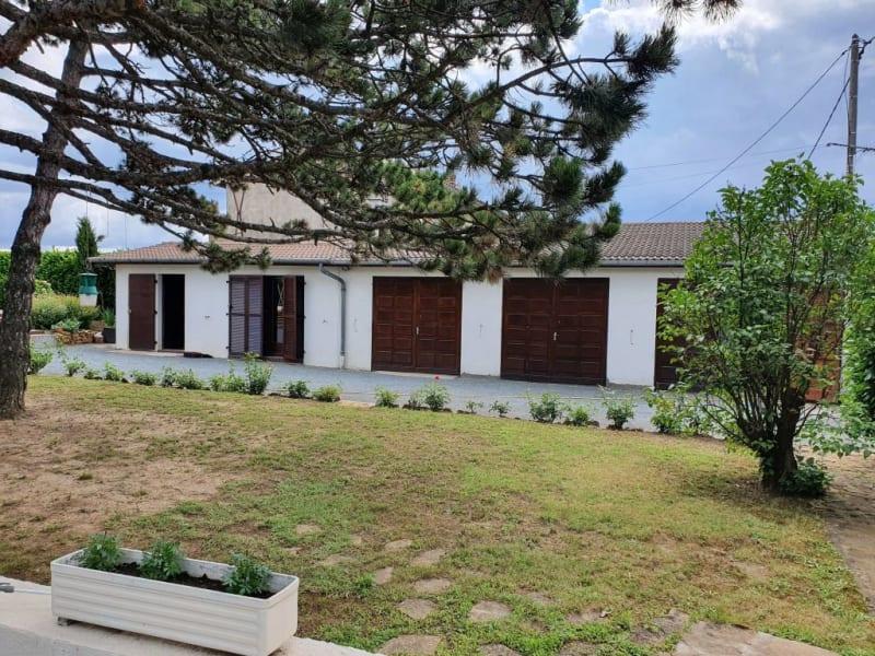 Sale house / villa Denice 165000€ - Picture 1