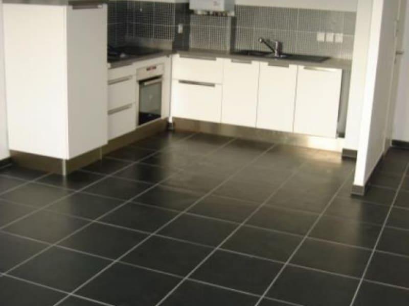 Alquiler  apartamento Divonne les bains 1050€ CC - Fotografía 2