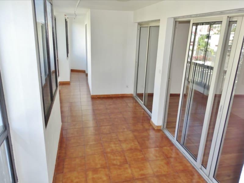 Rental apartment Saint denis 950€ CC - Picture 3