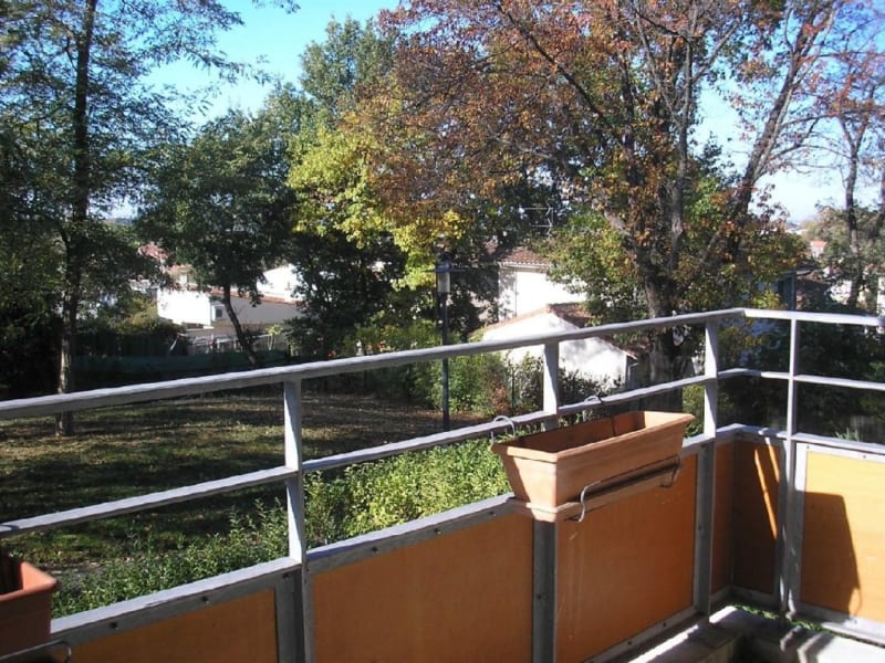 Rental apartment L union 720€ CC - Picture 2
