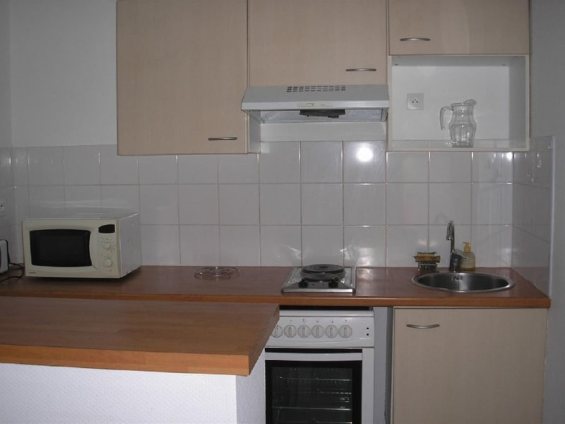 Rental apartment L union 720€ CC - Picture 3