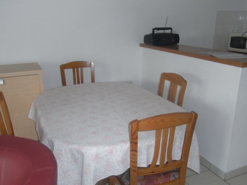 Rental apartment L union 720€ CC - Picture 6