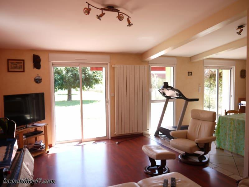Sale house / villa Castelmoron sur lot 179900€ - Picture 2